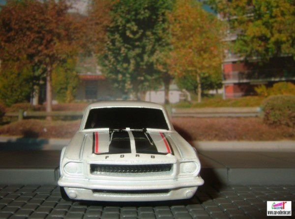 ford mustang fasback muscle mania 2009.085 (1)