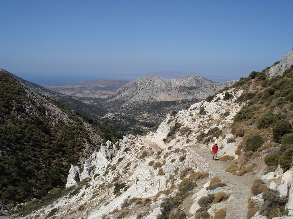 Ascension du Mont Zeus (1001 m) sur l'île de Naxos : un panorama splendide 10