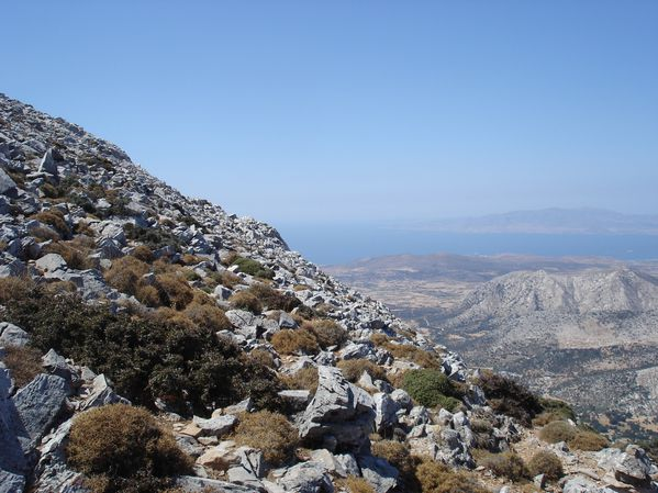 Ascension du Mont Zeus (1001 m) sur l'île de Naxos : un panorama splendide 21