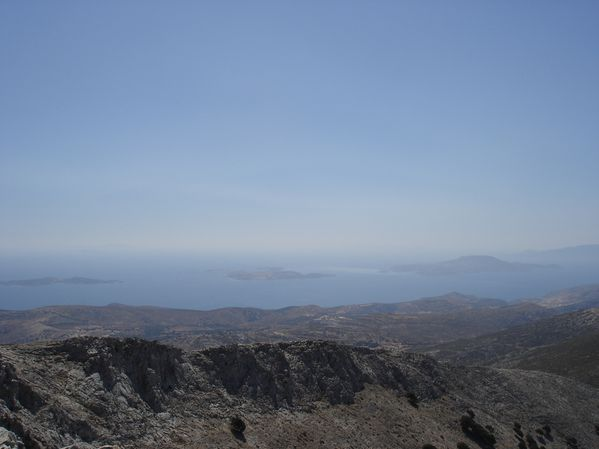 Ascension du Mont Zeus (1001 m) sur l'île de Naxos : un panorama splendide 30