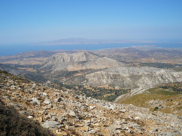 Ascension du Mont Zeus (1001 m) sur l'île de Naxos : un panorama splendide 19