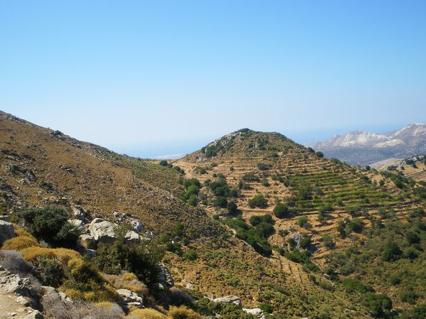 Ascension du Mont Zeus (1001 m) sur l'île de Naxos : un panorama splendide 37