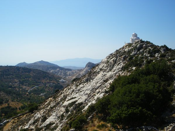 Ascension du Mont Zeus (1001 m) sur l'île de Naxos : un panorama splendide 40