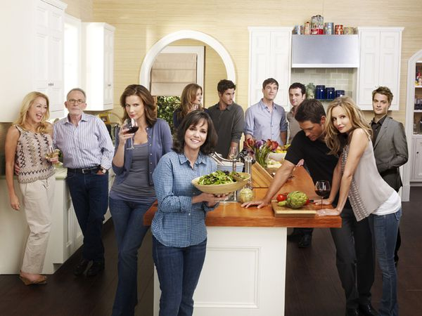 New-Season-4-Cast-Promo-Photos-brothers-and-sisters-1022345.jpg