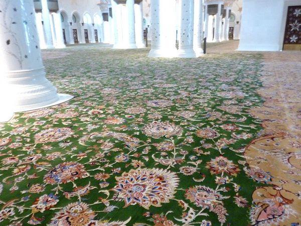 Abu Dhabi (17) mosquée le plus grand tapis du monde