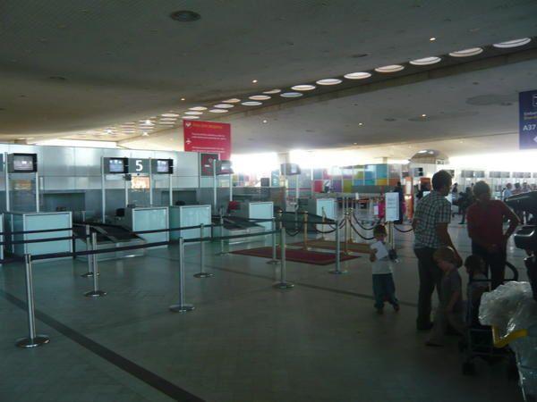 aeroport CDG paris bangkok