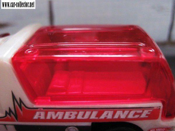 rapid response ambulance hot wheels new models 2010 (5)