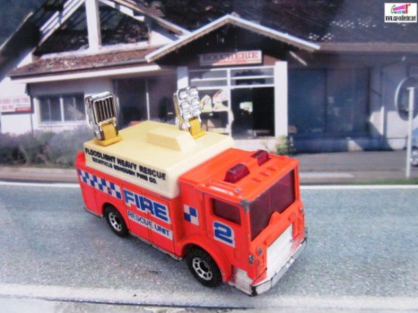 auxiliary power truck pompiers matchbox foodlight (3)