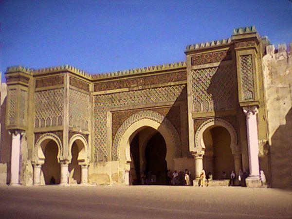 entree-bab-mansour-a-meknes-medina-jpg