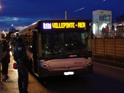 bus617.jpg