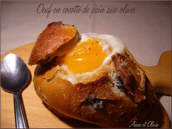 oeuf-cocotte-pain-olives.jpg
