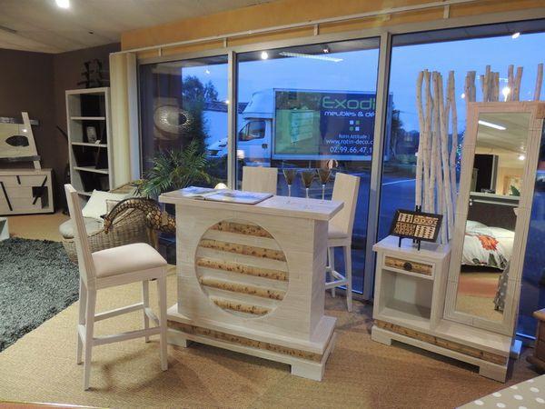 bar---meuble-entree-bambou.JPG