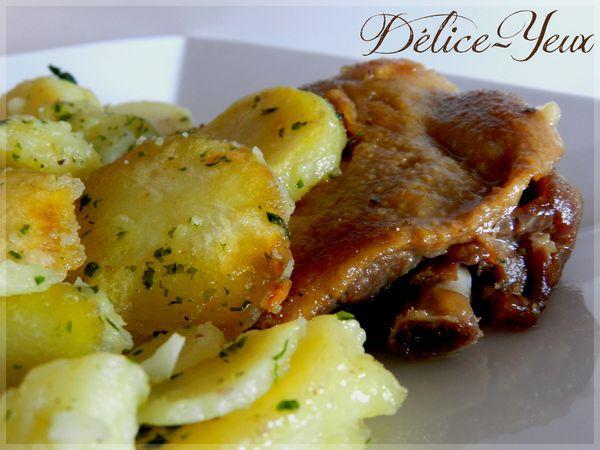 Pommes-de-terre-sarladaises-et-cuisse-de-canard.jpg