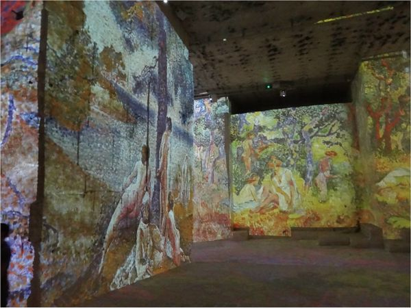 carrieres-de-lumiere-projection-peinture.jpg