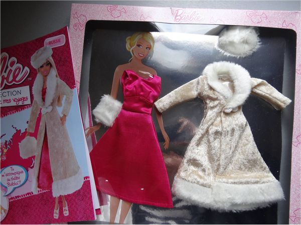 robe-barbie-russe-collection-marchand-journaux.jpg