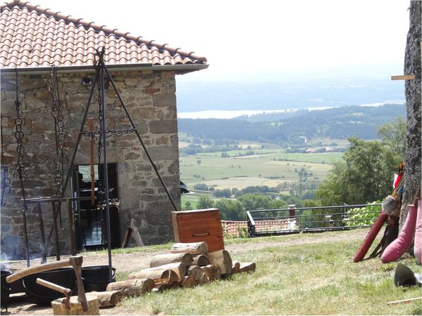 pradelles-fete-medievale-hauteurs.jpg