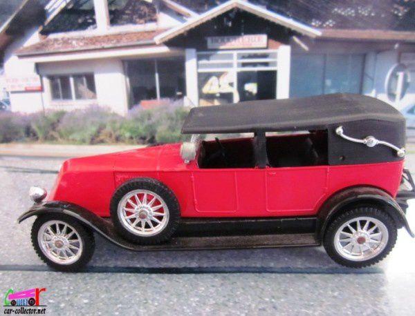 tacot-renault-40cv-1926-solido