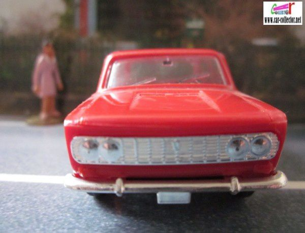 fiat 124 special minialuxe made in france (2)