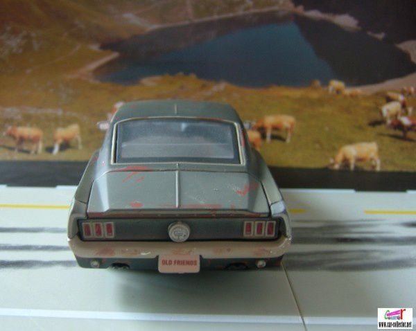 ford mustang 67 old friends maisto (3)