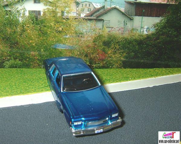chevrolet caprice 1987 blue maisto (2)