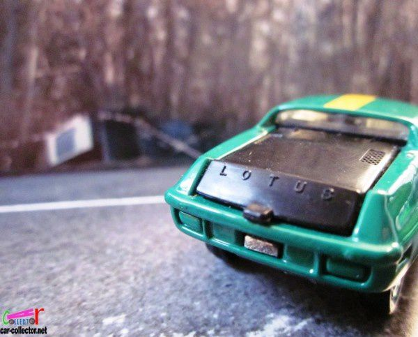 lotus-europa-special-tomica-1977-tomy (1)