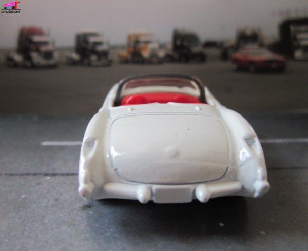 chevrolet-corvette-convertible-1957-matchbox (3)