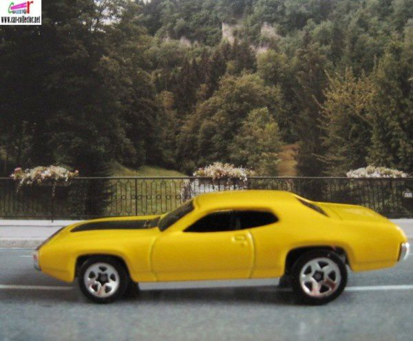 71 plymouth gtx yellow muscle mania 2002.116