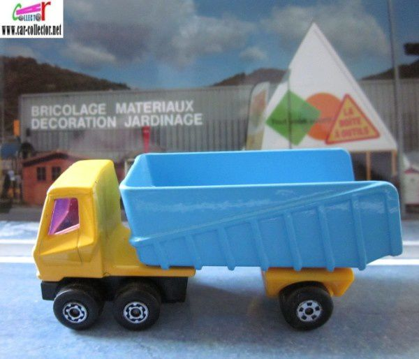 articulated truck matchbox superfast (1) renamed 17185