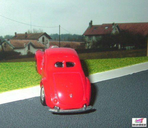 ford-coupe-johnny-lightning-ref-p439