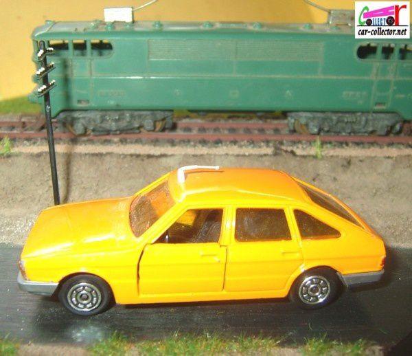 talbot-1510-orange--norev-made-in-france--1-