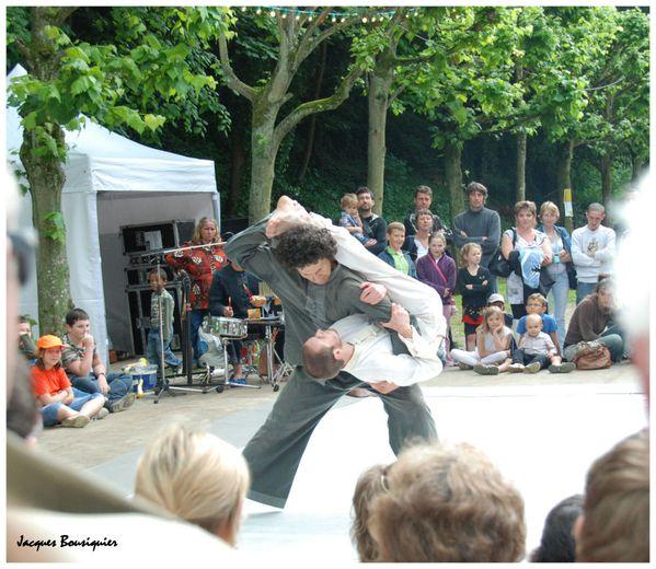 Clermont Oise festival arts de la rue 02