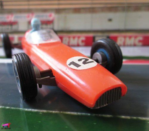 f1-brm-fabrication-cle-formule1 (4)