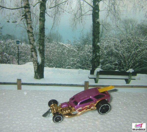 surf crate mystery car 2010 (1)