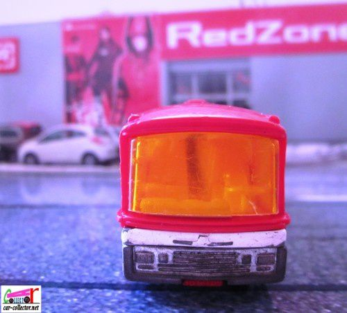 autocar-neoplan-majorette-autobus-made-in-france (4)