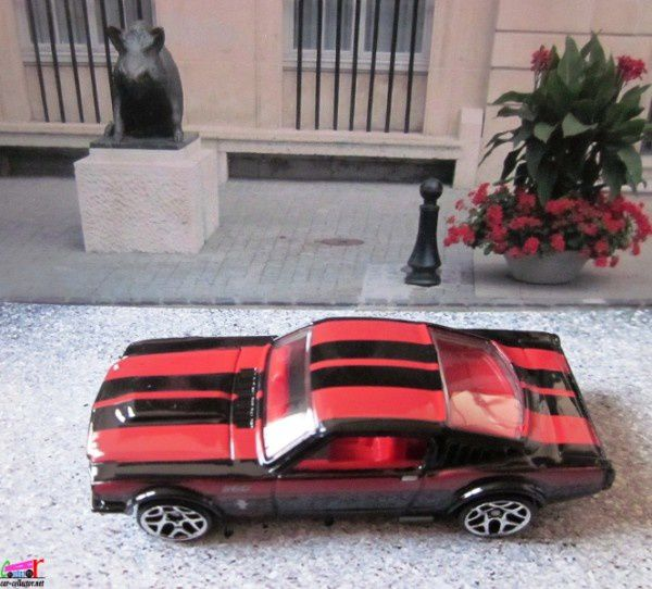 ford-mustang-fastback-street-beasts-2011.089