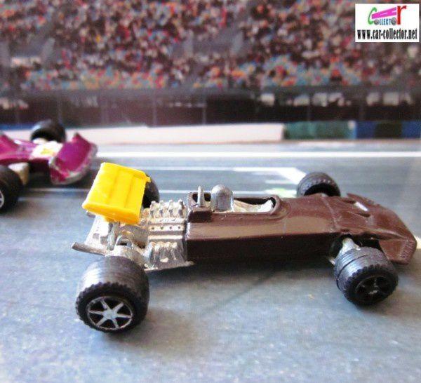 F1 ford john surtees barlux serie flash (1)