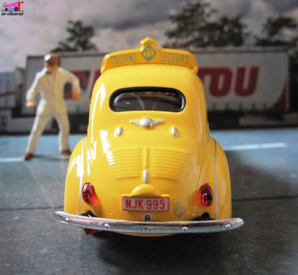 renault-4cv-touring-secours-belge-1958