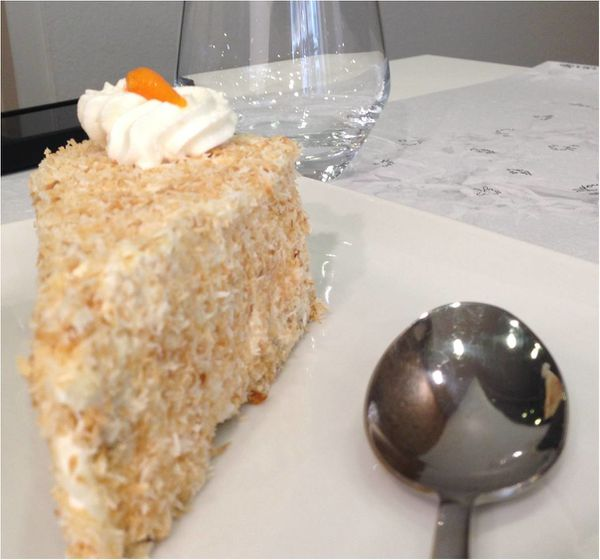 carrot-cake-the-ou-lyon.jpg