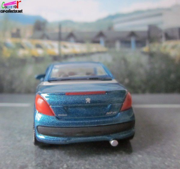 peugeot-207-cc-3inches-norev-show-room