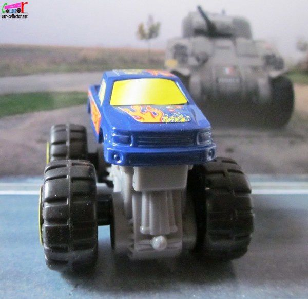 monster-truck-ford-f150-big-foot-mc-donalds-2012 (2)