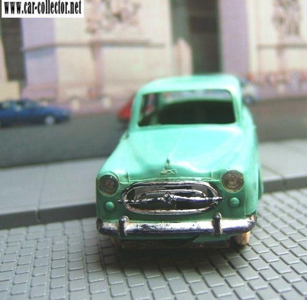 peugeot 403 berline norev plastique (1)
