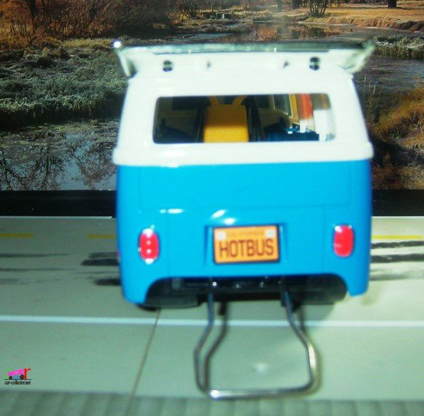 vw-combi-dragster-hot-wheels-1.18 (2)