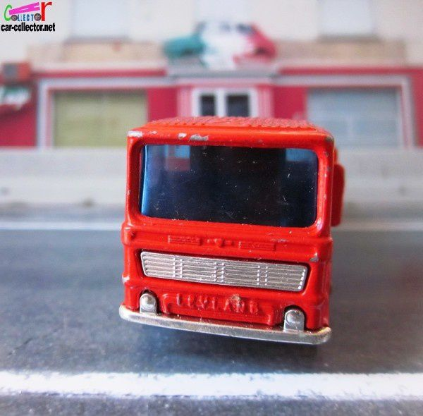 pipe-truck-leyland-ergomatic-cab-matchbox-lesney-c-copie-1