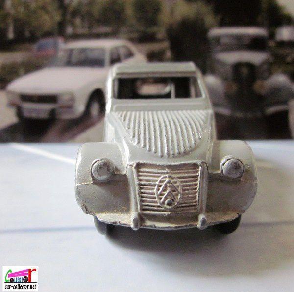 citroen-2cv-dinky-toys-meccano-france-avec-boite (2)