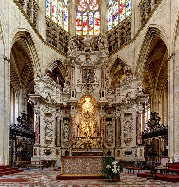 576px-Altar_-_Cathedral_Saint-Etienne_in_Toulouse_-_2012-05.jpg