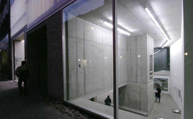 2-b-arcstreet.com-Studio-and-Gallery-Brunnenstrasse-9-Berli.jpg