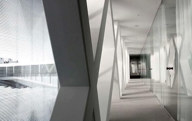 Actelion-Business-Center-by-HERZOG-DE-MEURON-IN-Al-copie-1.jpg