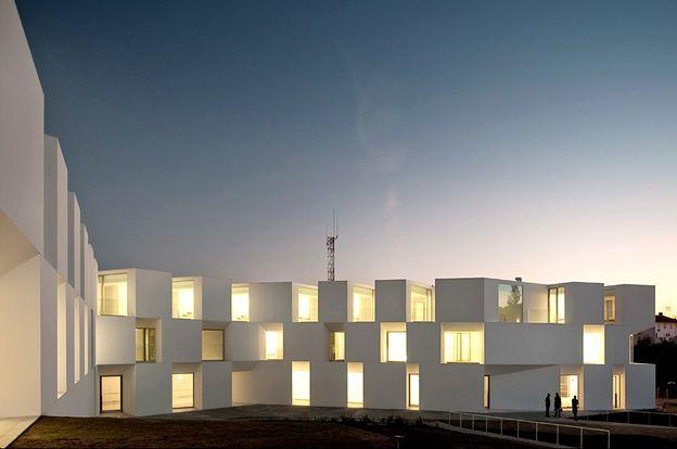 AIRES MATEUS lar in alcacer architecture in portu-copie-4