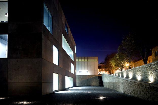 15-municipal-theatre-guarda-AVA-arquitectos-on-ARC-STREET-m.jpg