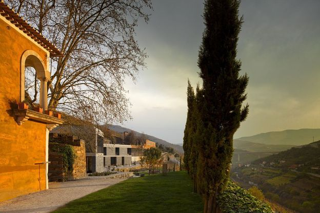 QUINTA-DO-VALLADO-WINERY---HOTEL--by-GUEDES---DE-CAMPOS-Arc.jpg